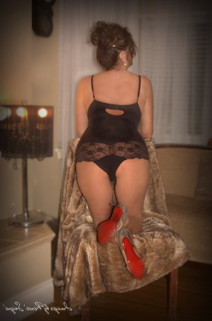Ginnette tantra massage and escorts