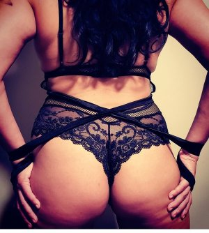 Youmi live escort and nuru massage