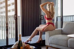 Maleka escort girl in Bryan
